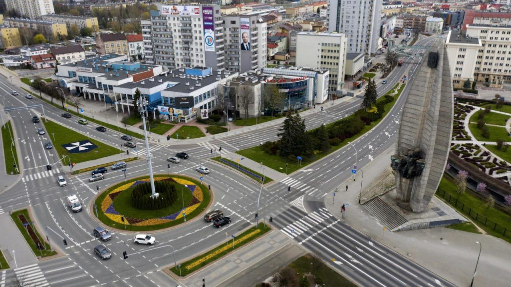 Rzeszow.  During Rzeszów's presidential election.  Draft Prime Minister's Ordinance on New Election Date.  Candidates comment