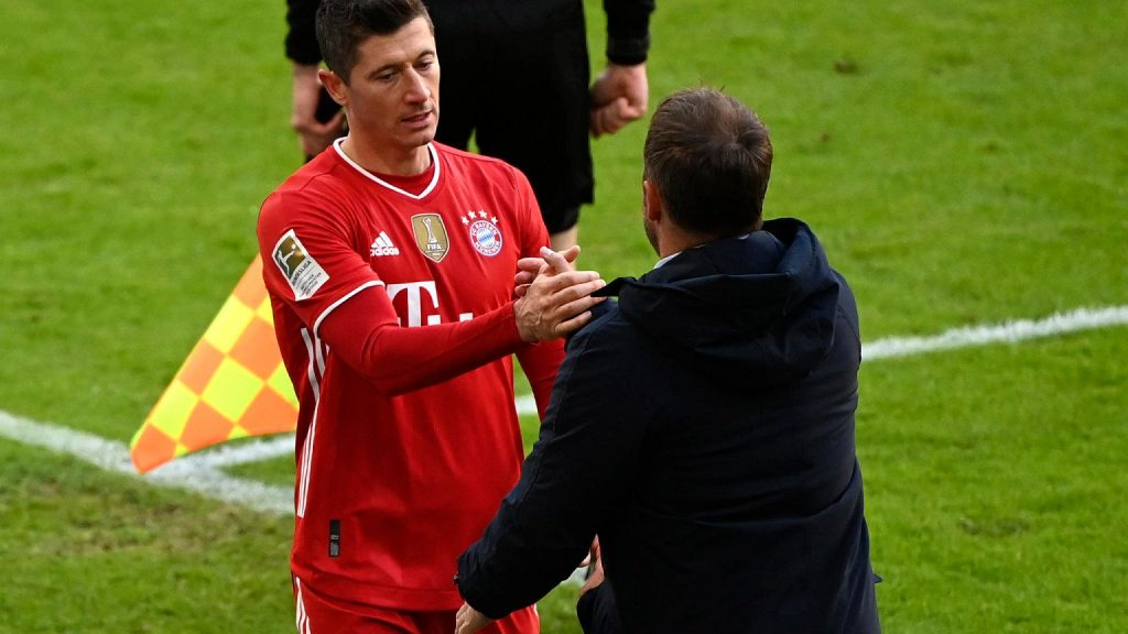 The Germans provided new information on Robert Lewandowski.  Contradicting what was revealed from Boñek Pi³ka football